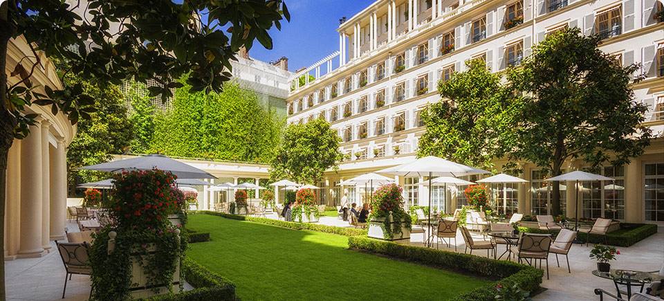 Le bristol paris lu meilleur h tel de luxe fran ais for Hotel meilleur